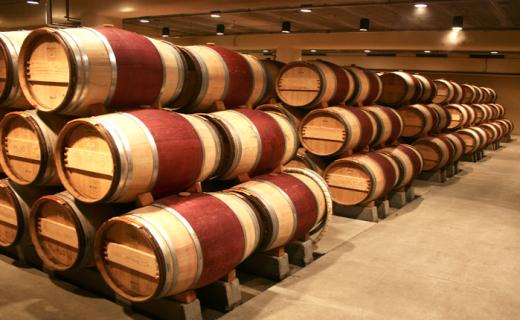 Wine_Barrels_2